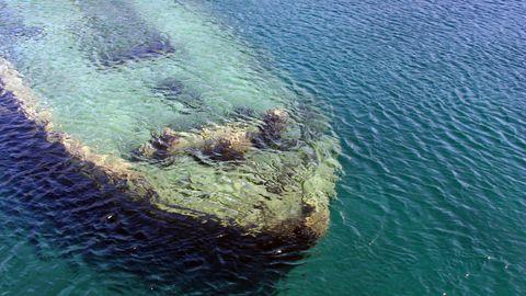 Body of water, Water resources, Fluid, Sea, Ocean, Teal, Aqua, Turquoise, Underwater,