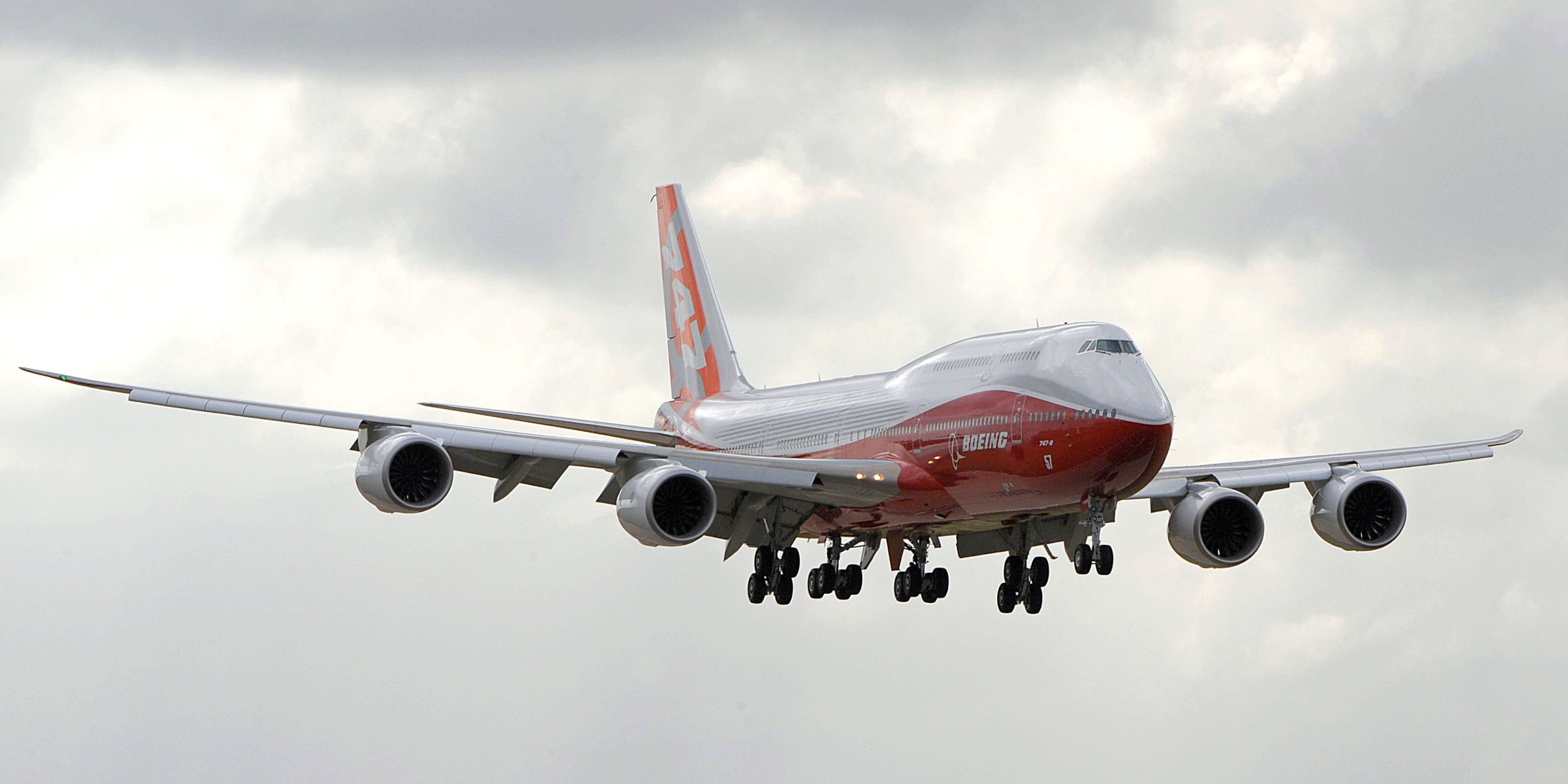 Lithium-Ion Batteries Banned on Airliners Over Fire Concerns