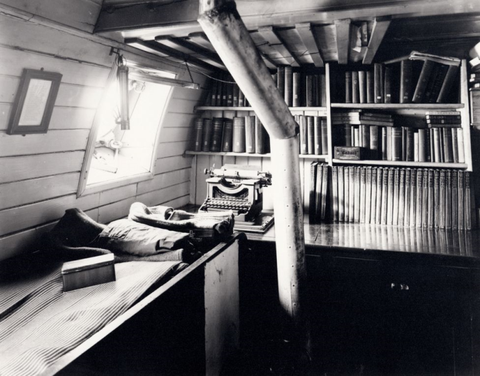 shackleton-endurance-cabin.png