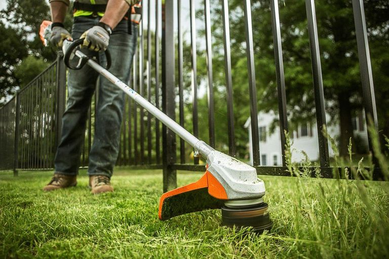 Must Have Gardening Tools Best New Lawn And Garden Tools