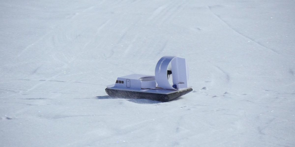 Build your own adorable diy hovercraft to zip across snowy hills solutioingenieria Image collections