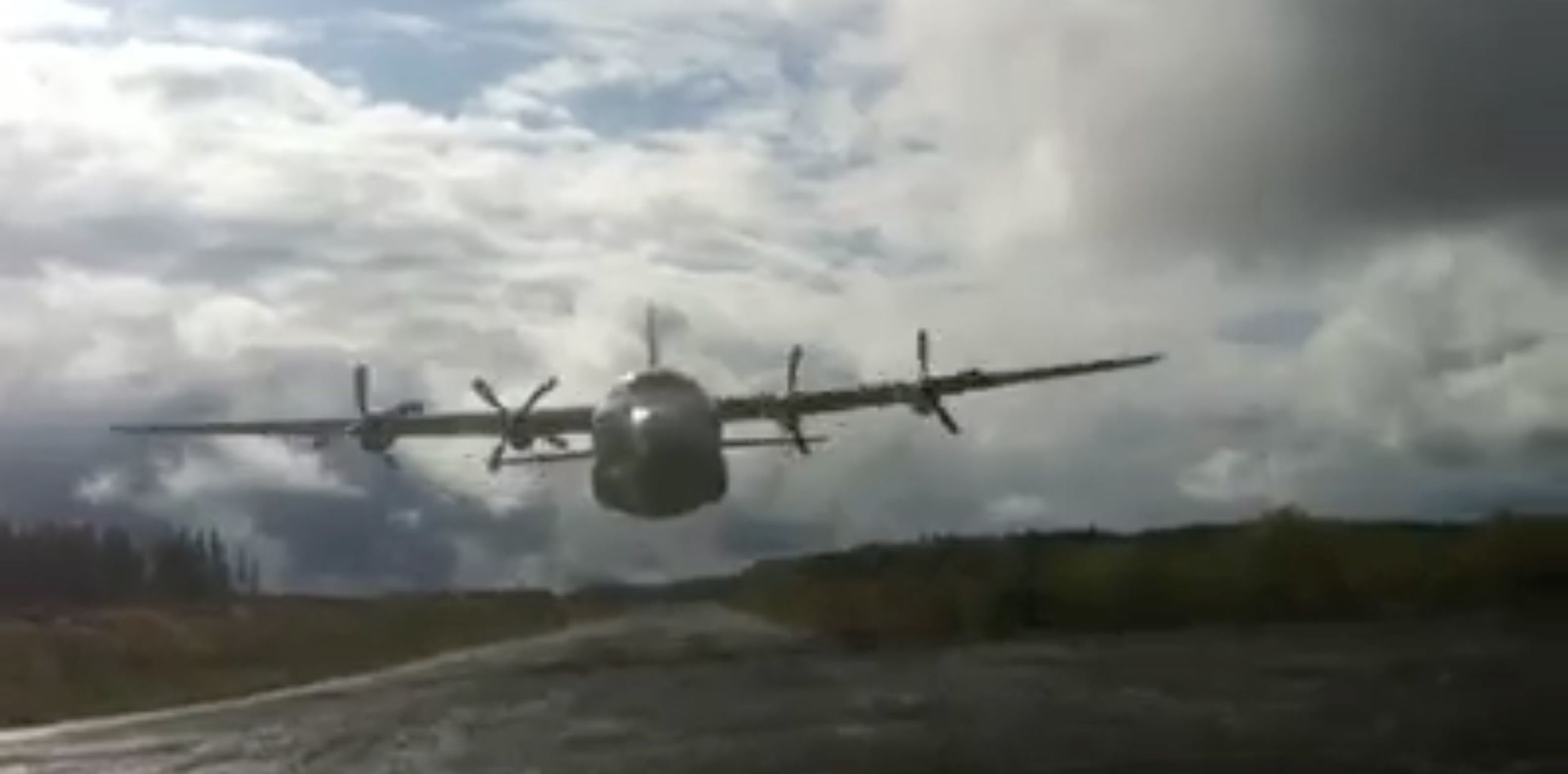 Watch a Photographer Nearly Get a Haircut from a C-130