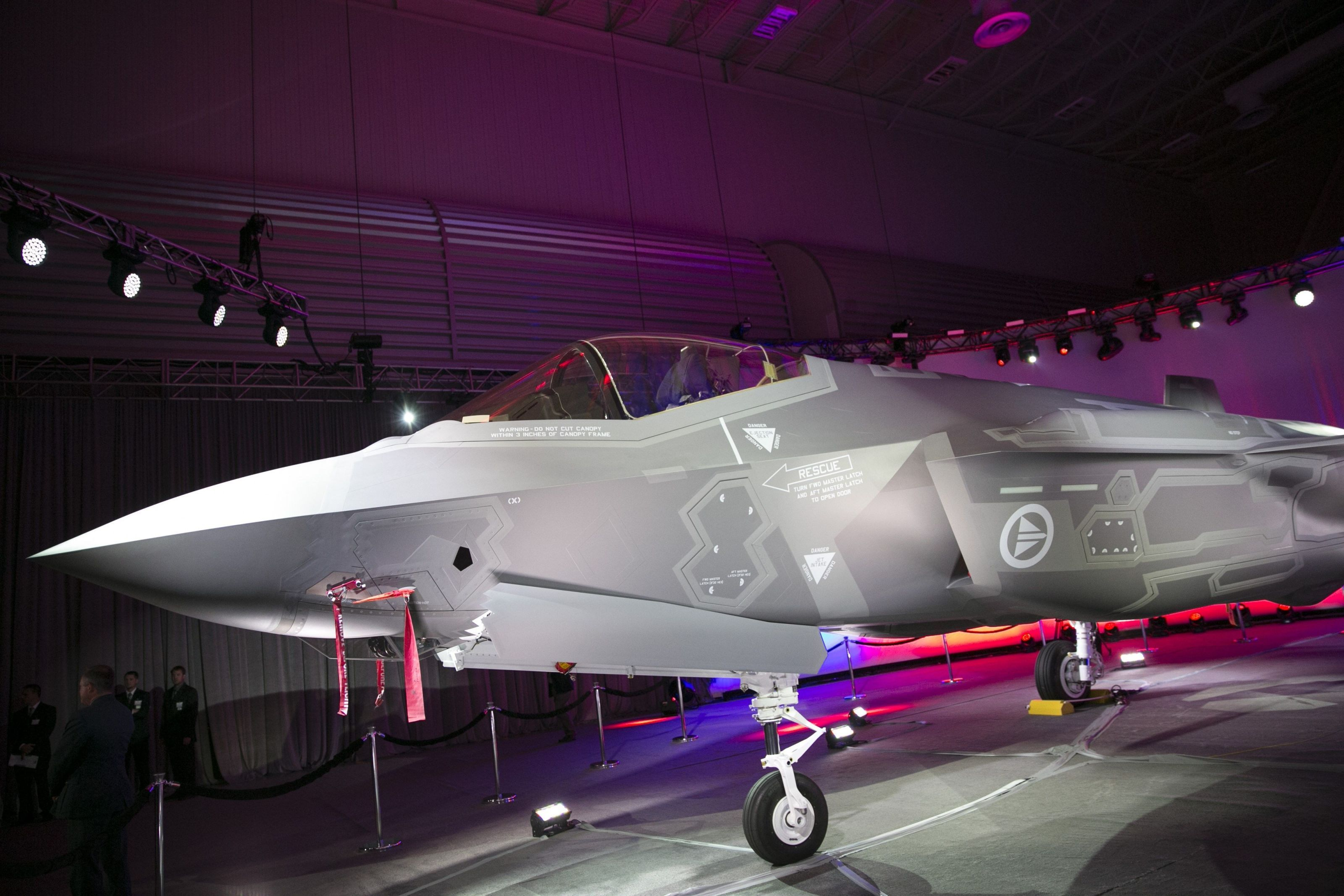 A Norwegian Air Force pilot flying one of his countryu0027s first F-35 Joint Strike Fighters writes that the fifth-generation fighter is a superior dogfighter ... & Pilot: The F-35 Is a Better Dogfighter Than You Think