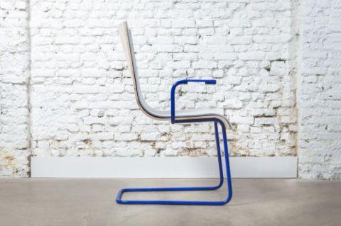moov-charging-chair.jpg