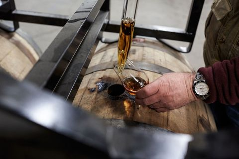 How They Make Rye Whiskey the Right Way