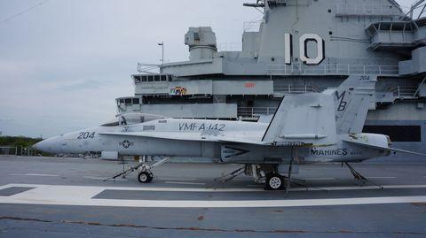 Marine F/A-18