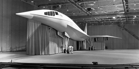 """<p>The L-2000 was Lockheed's attempt to secure a government contract to build a supersonic plane. The United States wanted a supersonic passenger jet to rival the Anglo-French Concorde and the Soviet Tupolev Tu-144. </p><p>Lockheed and Boeing had done a number of """"paper studies"""" on SST designs, and both were eager to secure funding from the government to develop a prototype. After both companies' designs were rigorously examined, the Boeing 2707 was selected for funding in 1967, but the U.S. killed the program in 1971 before the two prototypes could be completed (see below). The L-2000 was never built at all. </p>"""