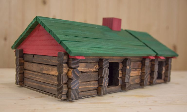 Make Your Own Diy Lincoln Logs From Scrap Lumber