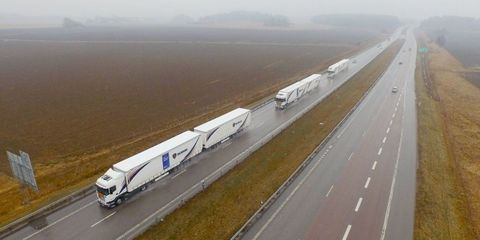 A Fleet of Self-Driving Trucks Just Completed a 1,000-Mile Trip Across Europe