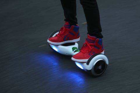 Woman Jacks Hoverboard, Leads Police on Chase Through NYC