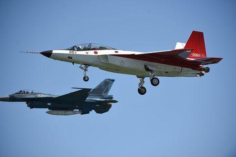 Airplane, Mode of transport, Aircraft, Sky, Fighter aircraft, Transport, Jet aircraft, Red, Military aircraft, Aviation,
