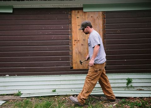 How To Fix Buckled Vinyl Siding