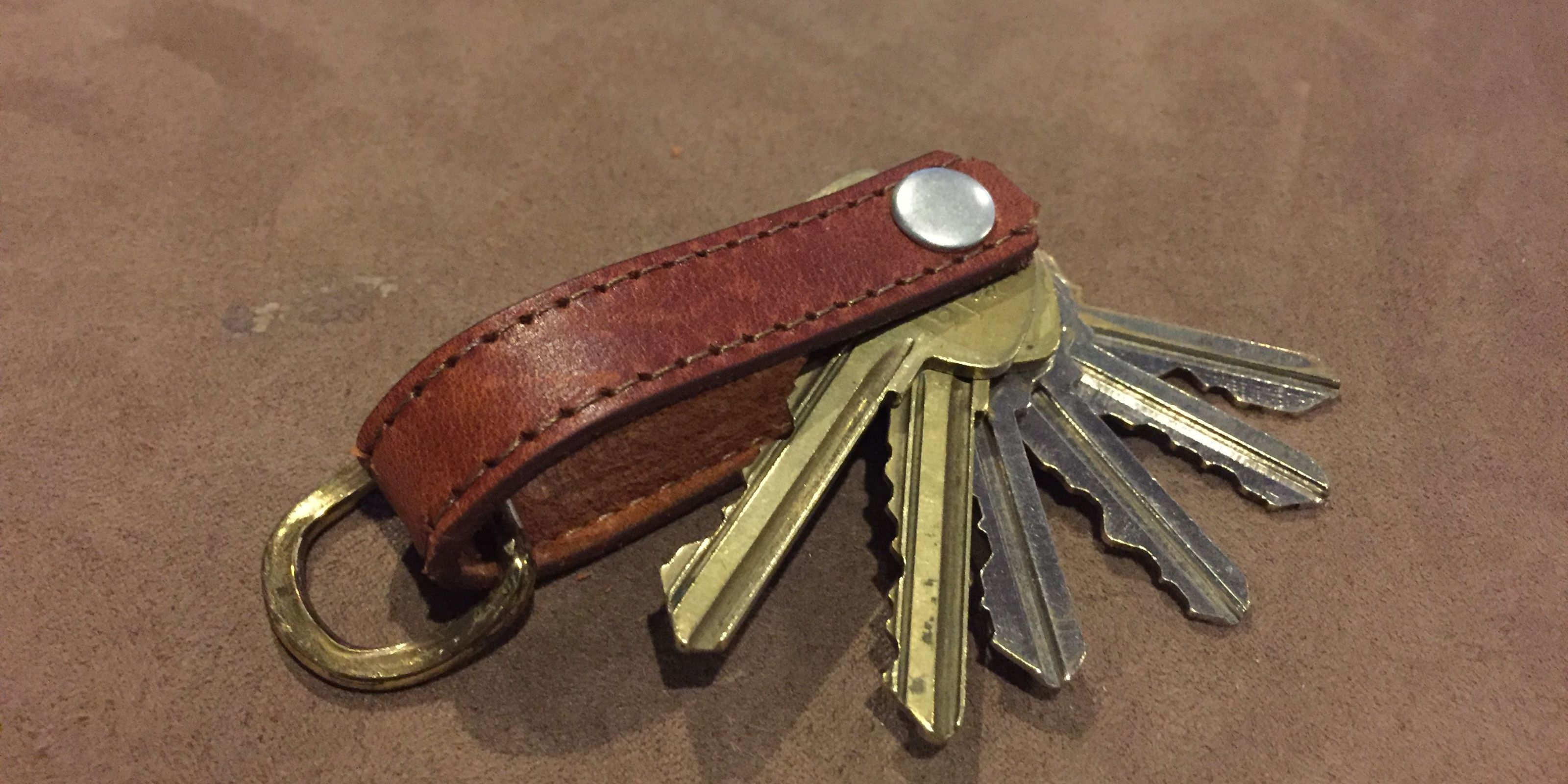 How To Make a Clever Leather Key-Holder for Just a Few Bucks
