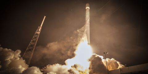 space-x-launch.png