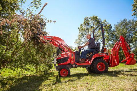 Tire, Grass, Agricultural machinery, Tread, Machine, Soil, Lawn, Job, Tractor, Shrub,