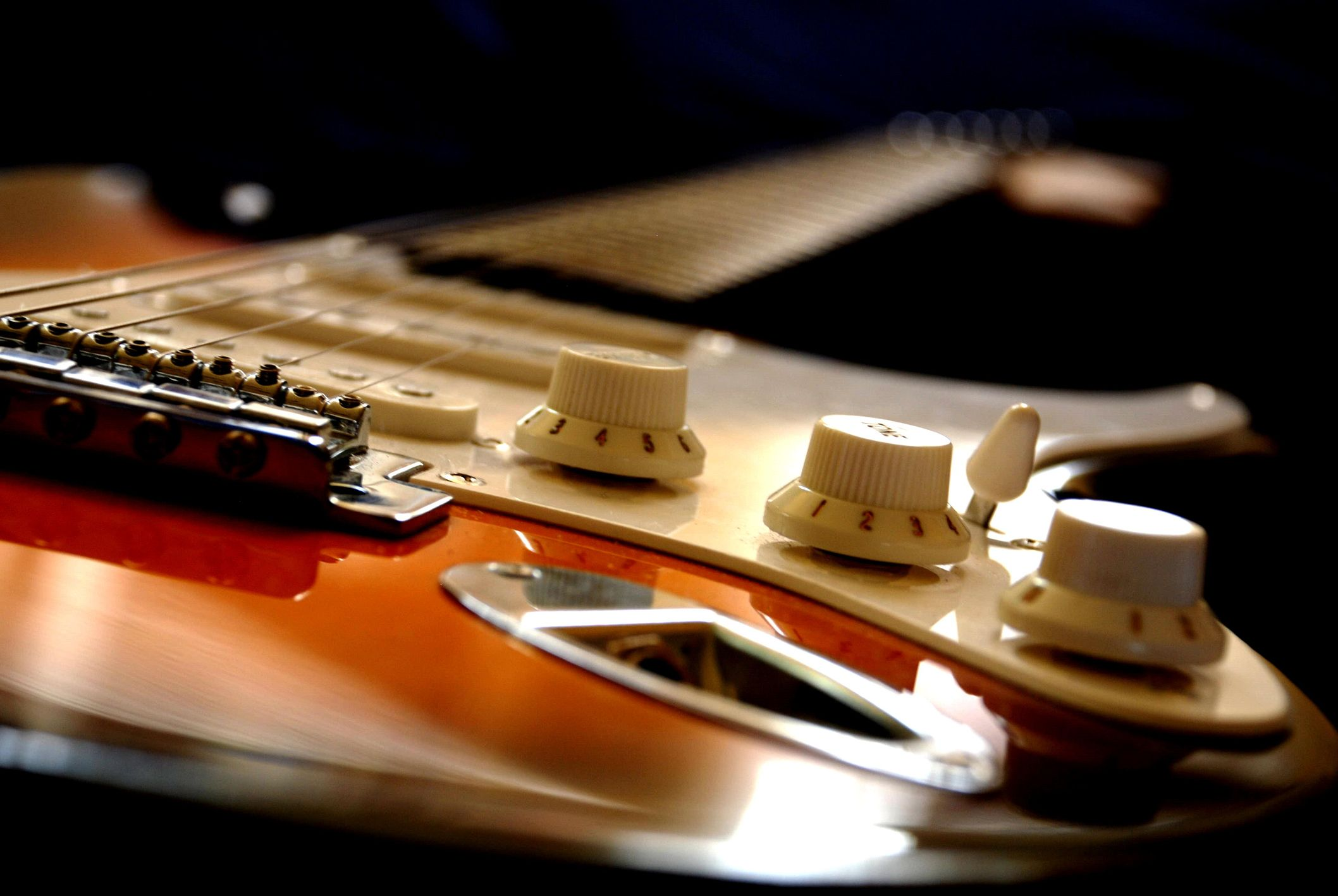 Who Invented the Electric Guitar?
