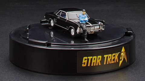 Automotive exterior, Automotive design, Toy, Car, Classic car, Bumper, Hood, Vehicle door, Grille, Scale model,
