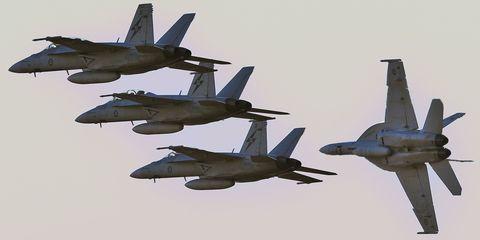 f/a-18-hornets.jpg