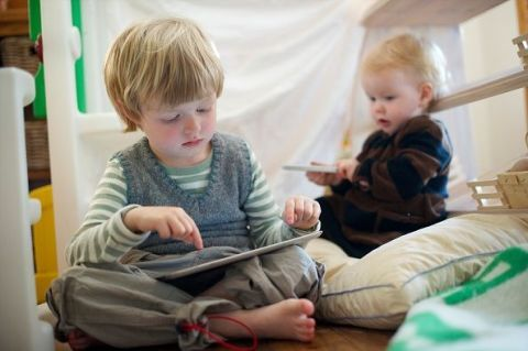 Tablets and Smartphones Probably Won't Break Your Kids Brain
