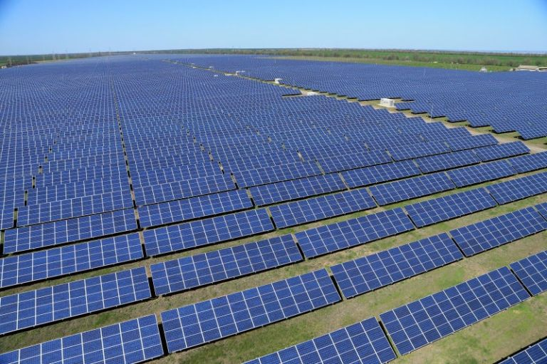 Chile Generates So Much Solar Power That It Just Gives the Extra Away