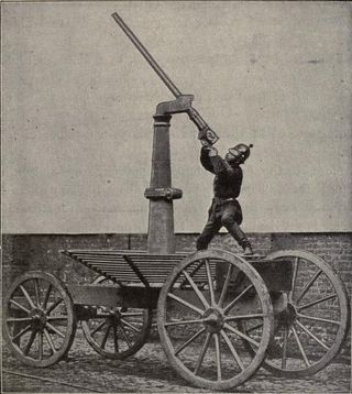 The First Anti-Aircraft Gun Was a Big Cannon Designed to Pop Balloons