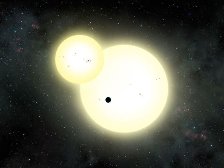 We've Discovered the Largest Planet to Orbit Two Suns Like Tatooine