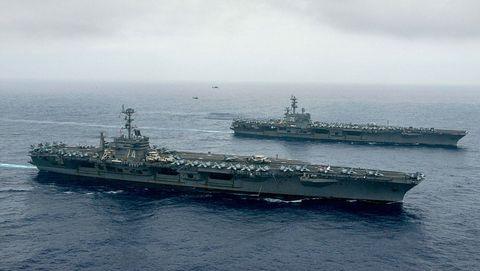 Watercraft, Naval ship, Water, Boat, Warship, Navy, Horizon, Ship, Aircraft carrier, Cruiser,