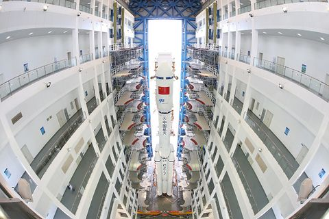Commercial building, Fixture, Engineering, Daylighting, Symmetry, Metropolis, Hall, Company, Headquarters, Fisheye lens,