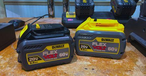 dewalt flexvolt 60v battery