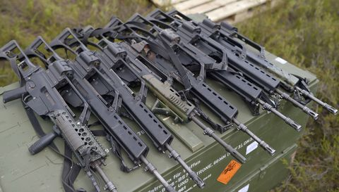 Scale model, Engineering, Toy vehicle, Aircraft, Machine, Toy, Gun barrel, Air gun,