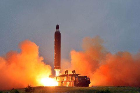 Pollution, Smoke, Heat, Fire, Aerospace engineering, Flame, Spacecraft, Rocket, Prairie, Flight,