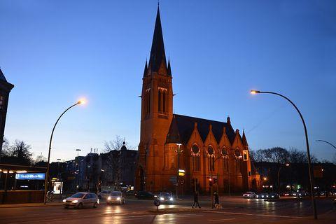 Lighting, Sky, Street light, Town, Evening, Spire, Steeple, Dusk, Street, Landmark,
