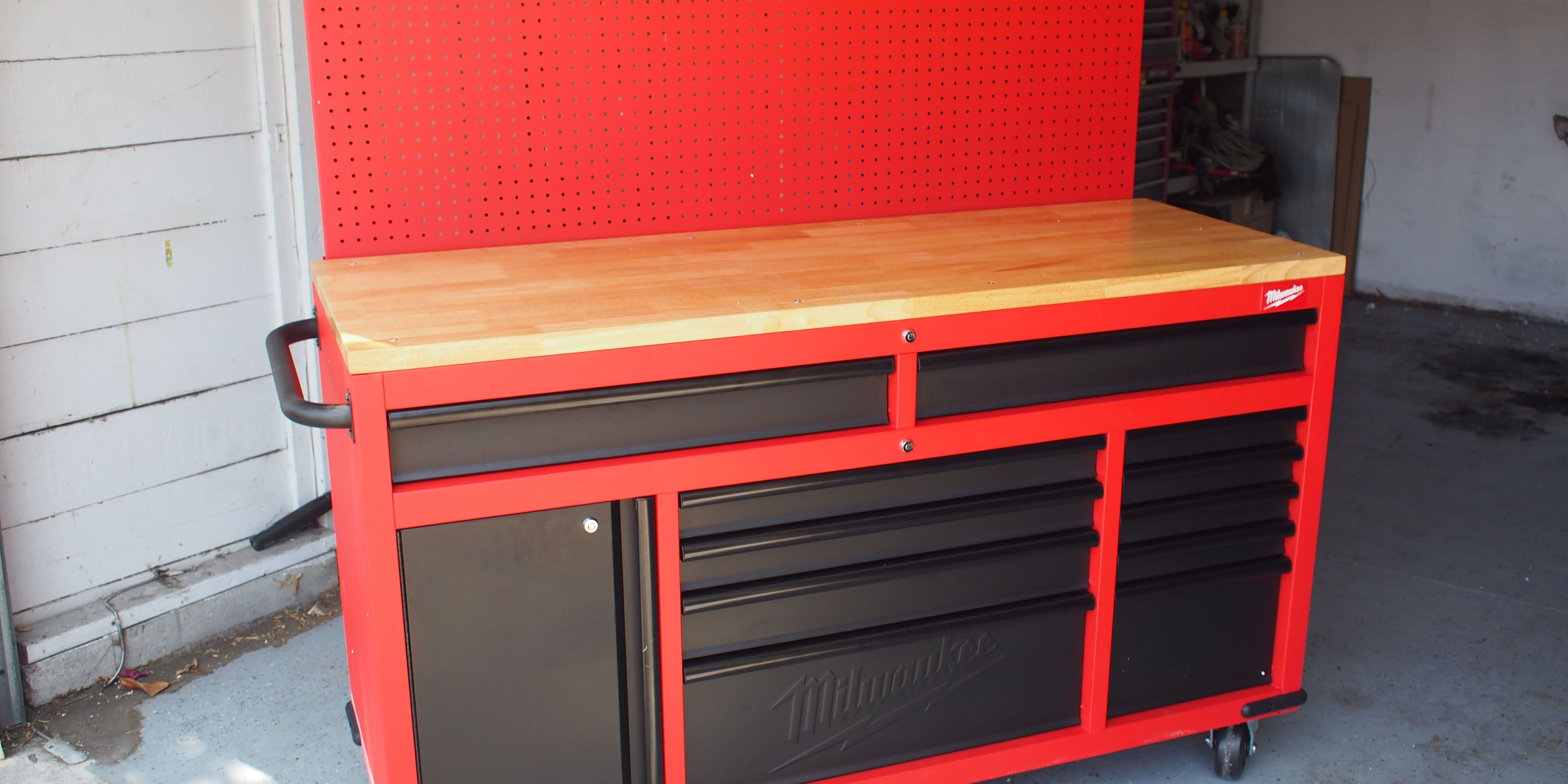 The New Milwaukee Tool Mobile Workstation is a DIYers Dream