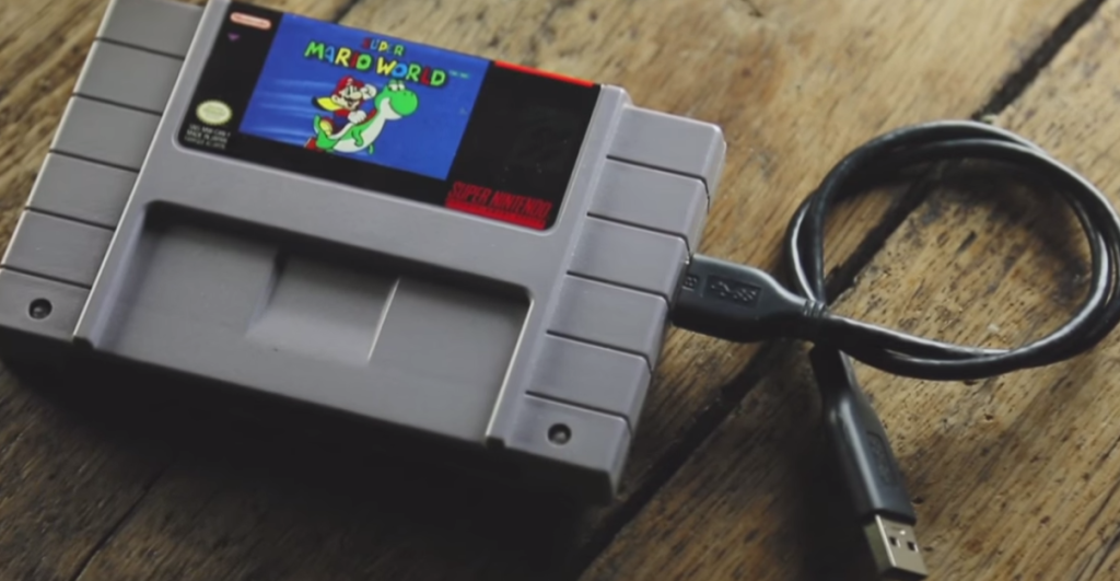 How to Transform a Nintendo Game Cartridge Into a Hard Drive Case