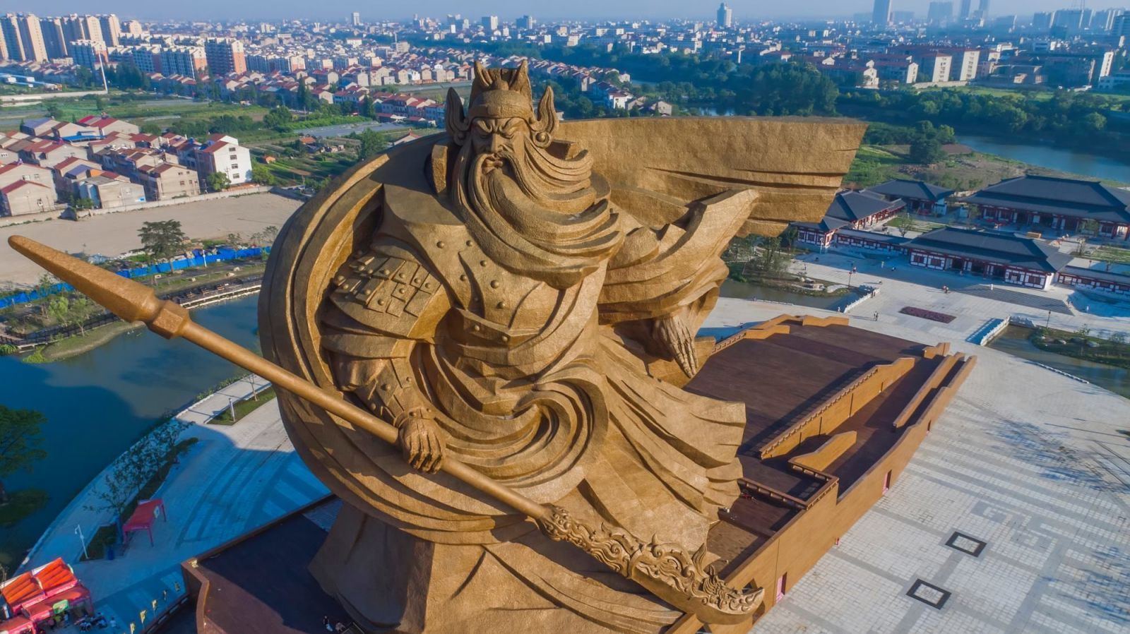 Incredibly Epic Statue of Ancient Chinese Warrior God Unveiled