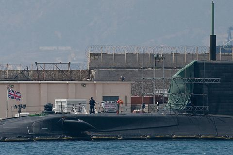 Water, Watercraft, Naval architecture, Submarine, Ship, Water transportation, Ballistic missile submarine, Industry, Naval ship, Boat,