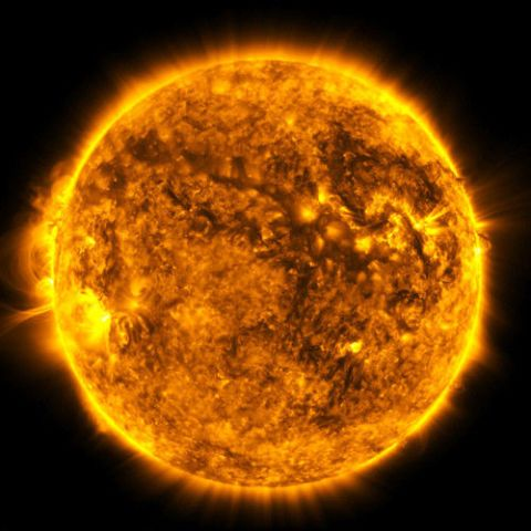 Sun, Yellow, Astronomical object, Atmosphere, Orange, Astronomy, Amber, Colorfulness, Space, Corona,