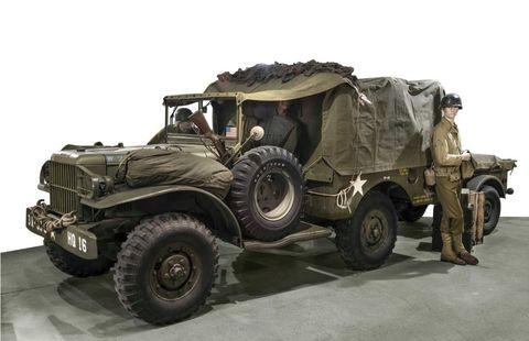 Tire, Wheel, Motor vehicle, Automotive tire, Mode of transport, Automotive design, Vehicle, Military vehicle, Automotive exterior, Tread,