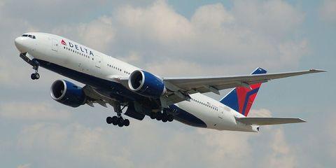 Airplane, Mode of transport, Blue, Sky, Daytime, Airliner, Aircraft, Transport, Cloud, Jet engine,
