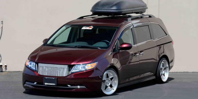 Buy This 1,000-Hp Minivan and Dominate the Soccer Practice Parking Lot