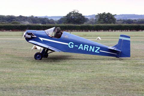 Airplane, Blue, Aircraft, Light aircraft, Propeller-driven aircraft, Plain, Propeller, Propeller, Aerospace engineering, Aircraft engine,