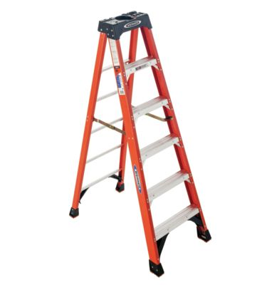 "<p><strong data-redactor-tag=""strong"">WEIGHT RATING:</strong>&nbsp;300 lb</p><p><strong data-redactor-tag=""strong"">LIKES:</strong>&nbsp;It's a classic fiberglass rail stepladder after a serious overhaul. The platform has a quart-can-size recess, a hook for a paint can, two notches that hold a Werner toolbox, and plenty of grooves and holes for tools. Built-in magnets keep loose screws from rolling off the side, and four oversize foot pads give the ladder a firm foundation.</p><p><strong data-redactor-tag=""strong"">DISLIKES:</strong>&nbsp;None.</p><p><strong data-redactor-tag=""strong"">WEIGHT:</strong>&nbsp;22 lb</p>"