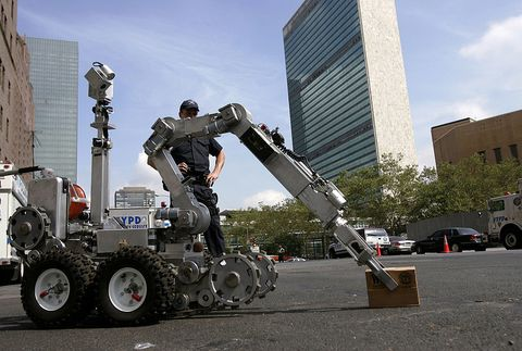 Andros F6 police robot