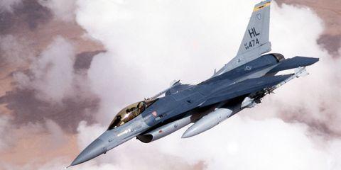 f-16-fighting-falcon.jpg