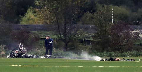 Human, Grass, Golfer, Ball game, Golf equipment, Professional golfer, Golf club, Lawn, Golf course, Grassland,