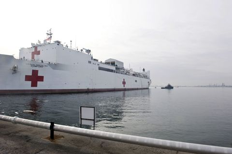 Waterway, Liquid, Watercraft, Fluid, Boat, Naval architecture, Ship, Naval ship, Navy, Water transportation,