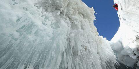 Winter, Freezing, Slope, Adventure, Mountaineer, Geological phenomenon, Mountaineering, Ice cap, Glacial landform, Ice,