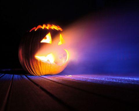 How To Build A Fog Machine For A Spooky Halloween Diy Fog Machine