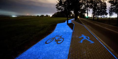 This Beautiful Bike Path Glows at Night