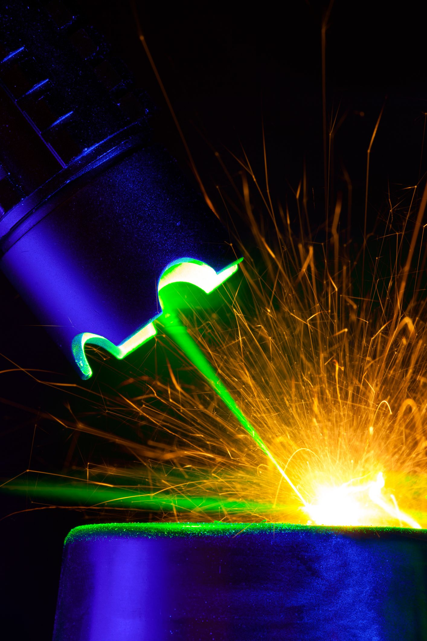 Scientists Build World's Most Powerful Pulse Laser